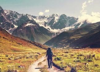 Wybierasz się w góry? Sprawdź, co jako turysta musisz ze sobą zabrać