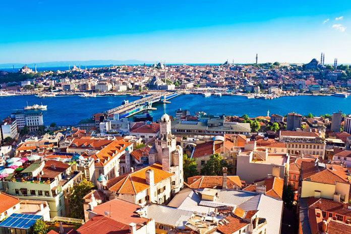 Planujesz wyjazd za granicę? Jaki kierunek wybrać, Turcja czy Egipt?