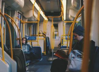 Elektroniczne bilety – podróżuj wygodnie warszawską komunikacją miejską