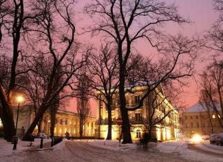 Śladami uczelni wyższych w Warszawie – atrakcje dla każdego turysty